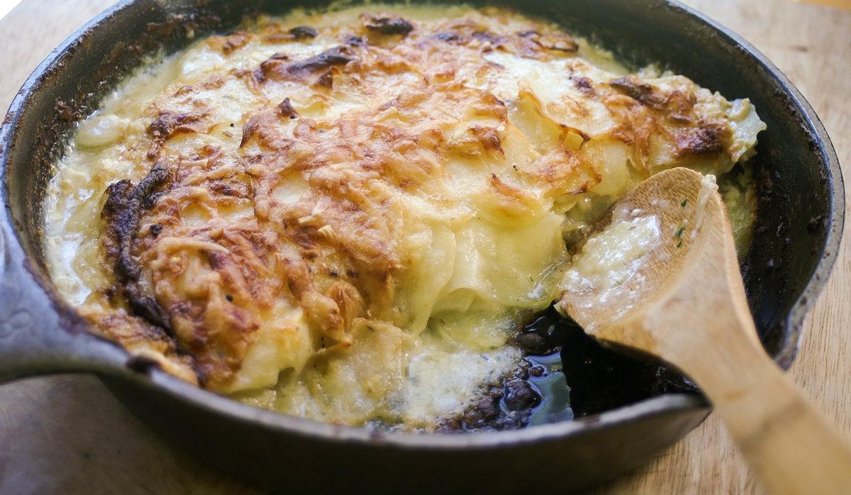 Potato Dauphinoise - Potatoes in cream