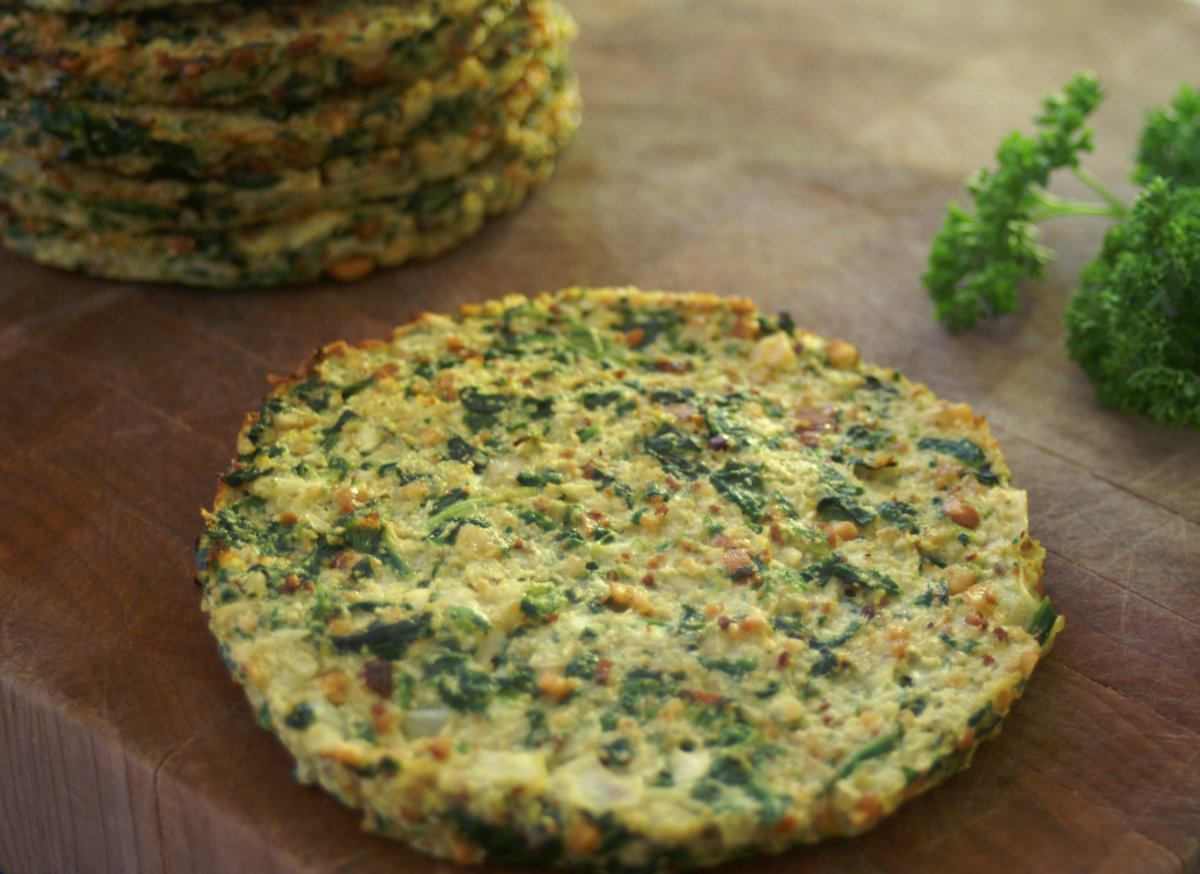 Paleo Cauliflower and Spinach Breakfast Butterfly Bread - Going ...