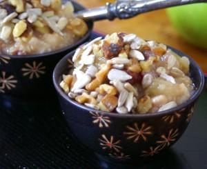 healthy crock pot apple pie oatmeal