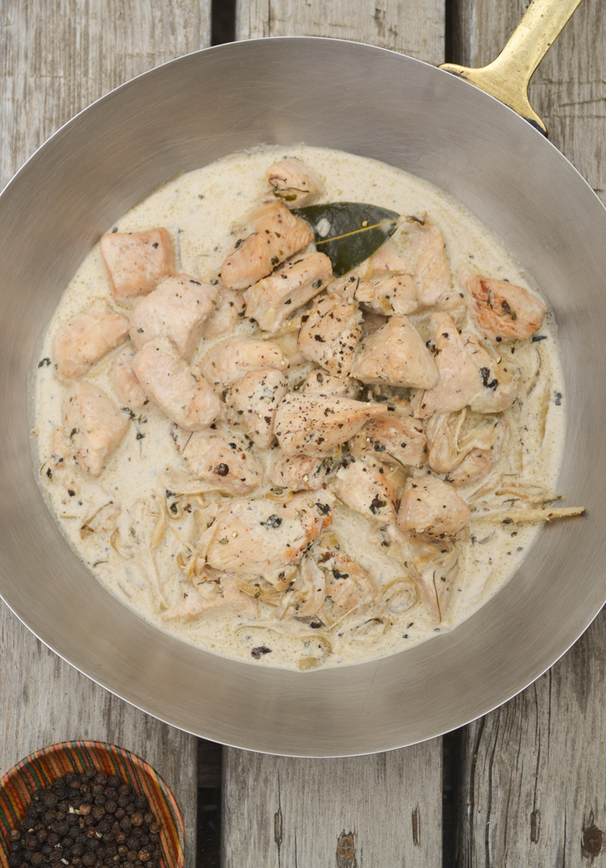 Paleo Chicken with Black Pepper Cream