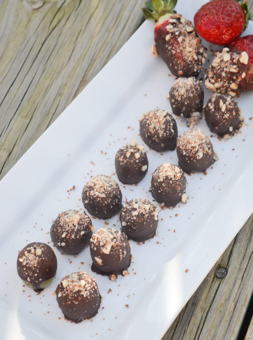 Raw Paleo Chocolate Grapes